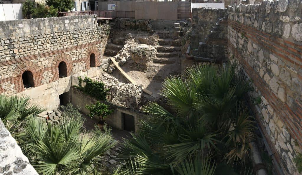 Nochmal ein kurzes Sightseeing durch die Palast-Ausgrabungen